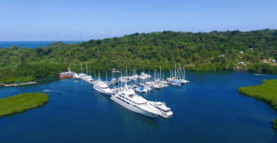 BOCAS DEL TORO, THE WORST AIRBNB EVER AND A MORAL DILEMMA